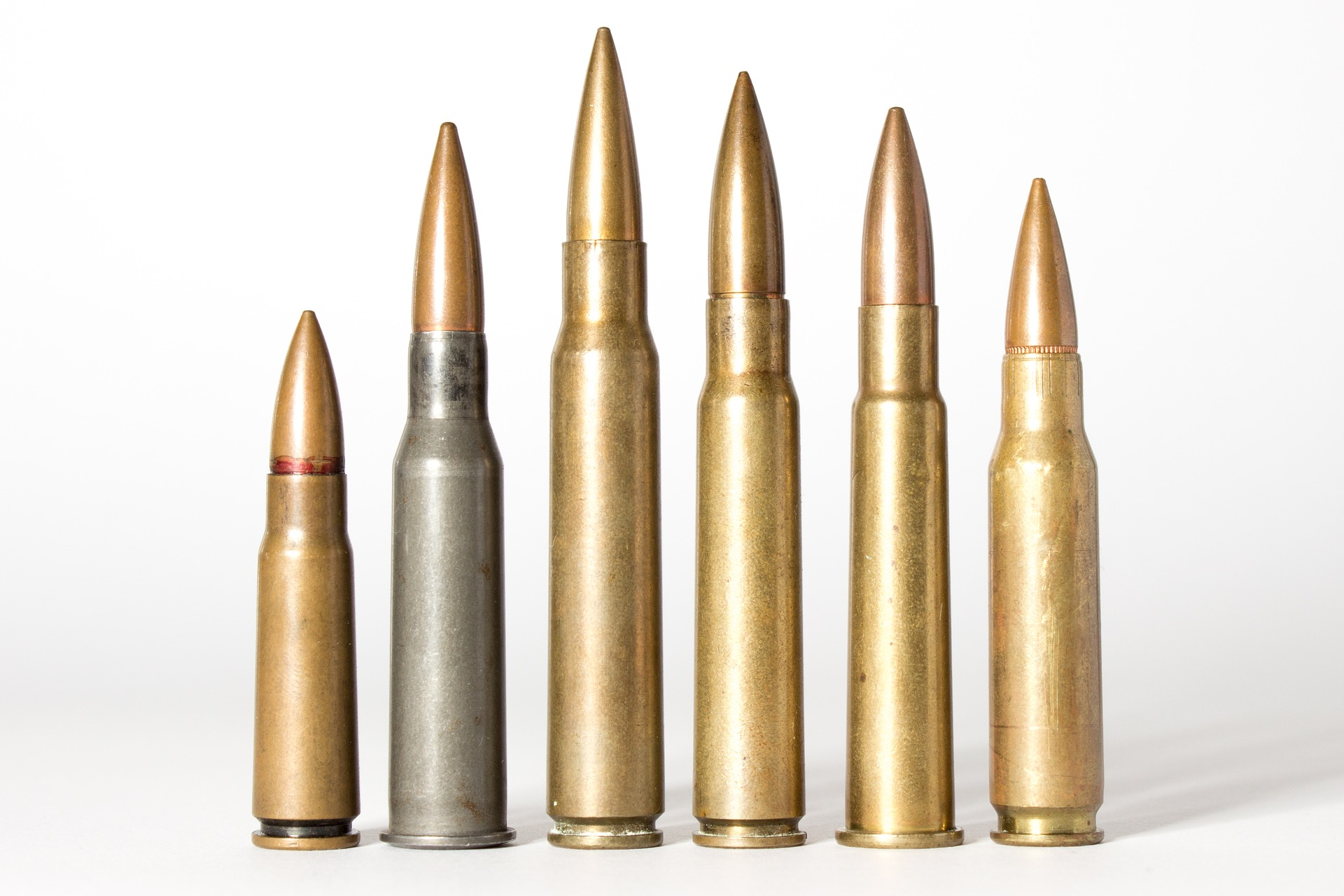 different deer hunting calibers with varying recoil