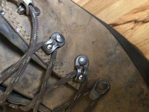 Lacing system on Lowa mountain hunting boots